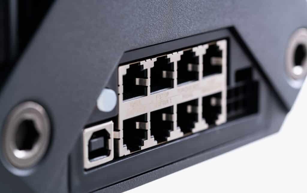 Plug and play direct drive fanatec